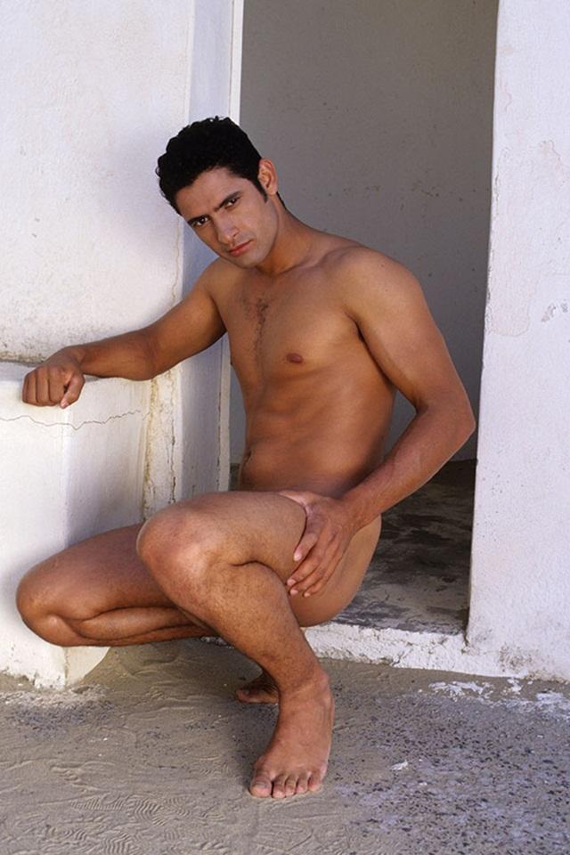 Gay-brazilian-porn-star-Lucas-Foz-latino-ass-fucking-Lucas-Kazan-02-photo