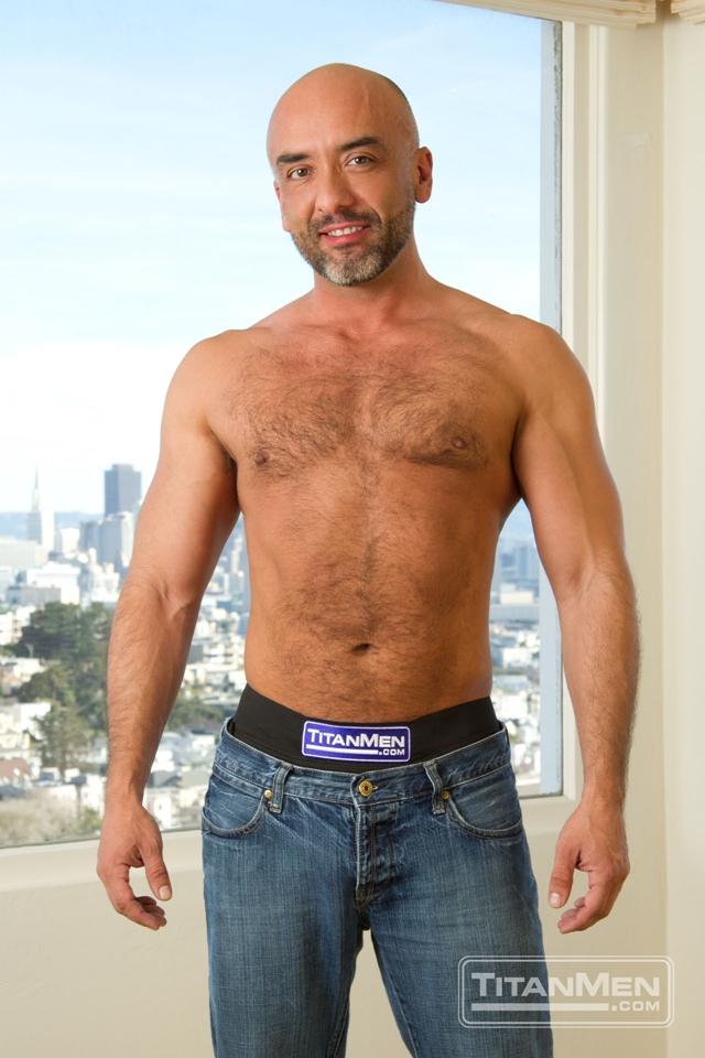 Will-Swagger-and-Brian-Davilla-Titan-Men-gay-porn-stars-rough-gay-men-anal-gay-sex-gay-porn-muscle-hairy-men-muscled-hunks-01-gay-porn-pics-video-photo