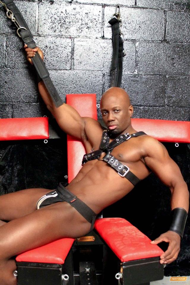 Jay-Black-Nubius-Sam-Swift-huge-black-cocks-threesome-spit-roasting-002-male-tube-red-tube-gallery-photo
