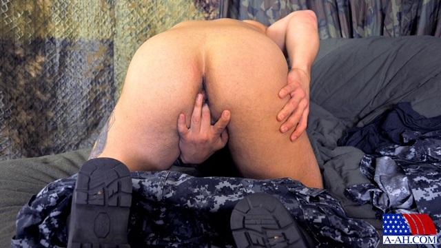 Logan-All-American-Heroes-nude-amateur-men-gay-porn-soldiers-sailors-firefighters-policemen-008-gallery-photo