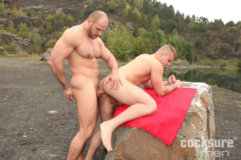 CocksureMen-muscular-studs-Thomas-Ride-Ryan-Cage-doggy-style-fucking-butt-cheeks-seeds-ass-hole-bareback-hairy-005-tube-download-torrent-gallery-sexpics-photo