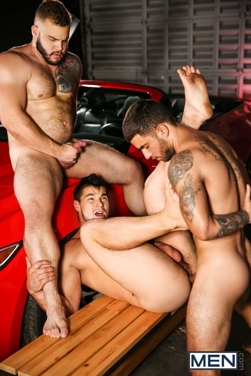 Men for Men Blog Daxx-Carter-Vadim-Black-Aspen-big-thick-dick-Hot-gay-threesome-hardcore-anal-fucking-Men-018-gay-porn-pictures-gallery Hot gay threesome Daxx Carter, Vadim Black and Aspen hardcore anal fucking Men