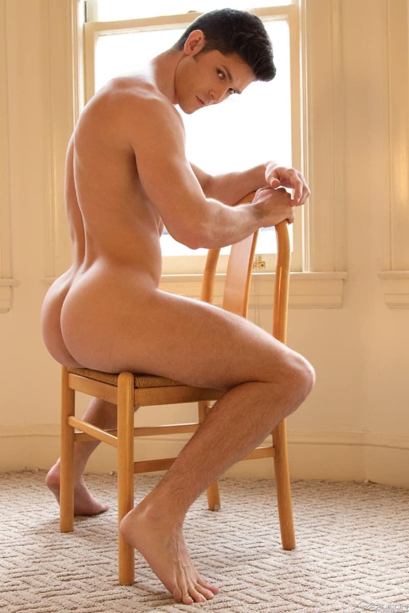 Mateo-Fernandez-huge-cock-deep-Devin-Franco-bubble-butt-ass-hole-FalconStudios-004-Gay-Porn-Pics